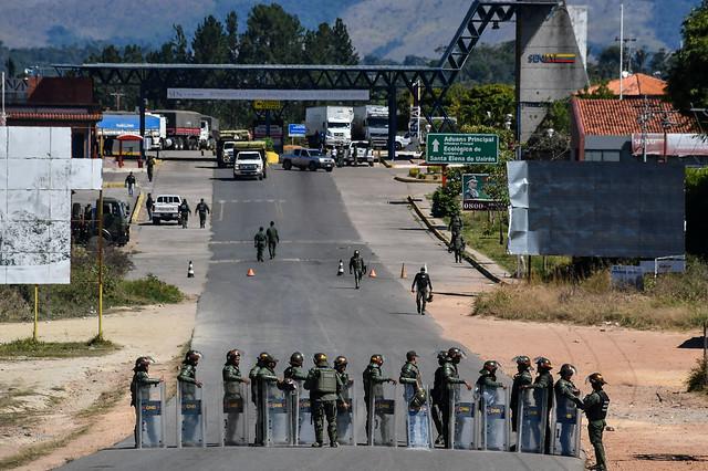 Governo de Roraima e representantes venezuelanos negociam reabertura da fronteira