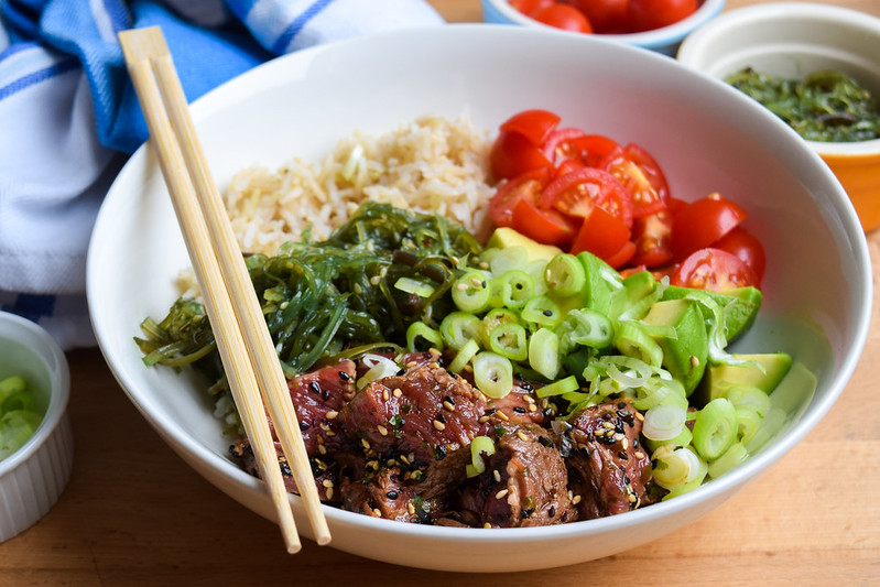 How To Make A Seared Steak Poké Bowl