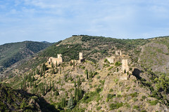 Castles of Cathar country - Photo of Villanière