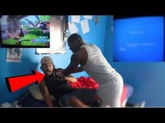 turned off his PS4 during Fortnite game...(Fight Breaks Out) | VIDEO