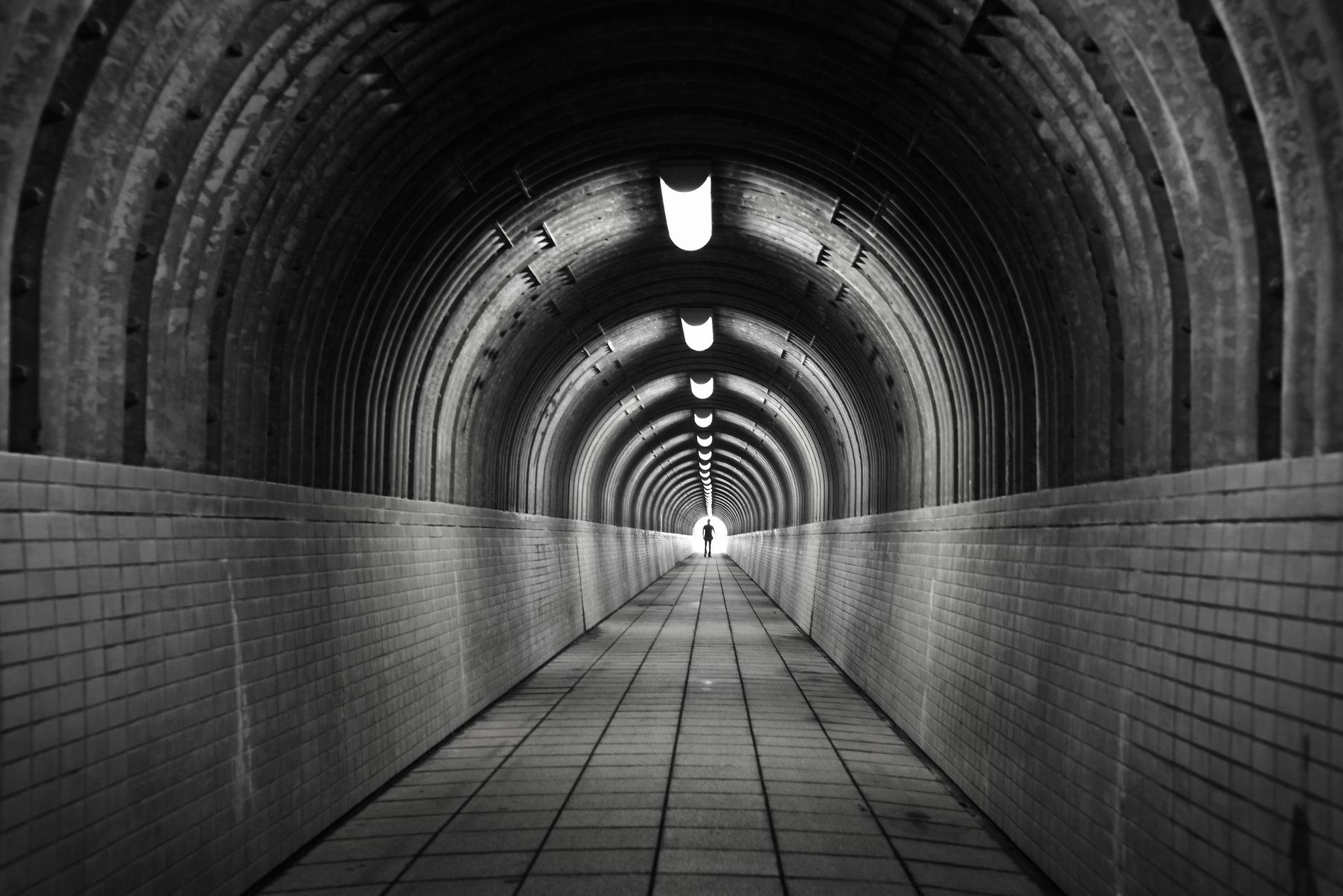 Tunnel, go ahead