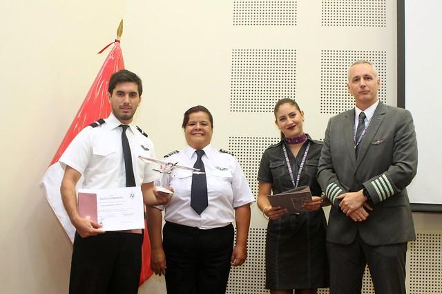 Escuela Profesional de Ciencias Aeronáuticas de la USMP dio cálida bienvenida a sus nuevos alumnos