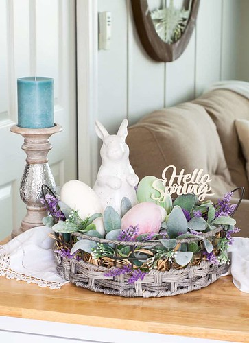 spring-centerpiece-velvet-easter-eggs-3