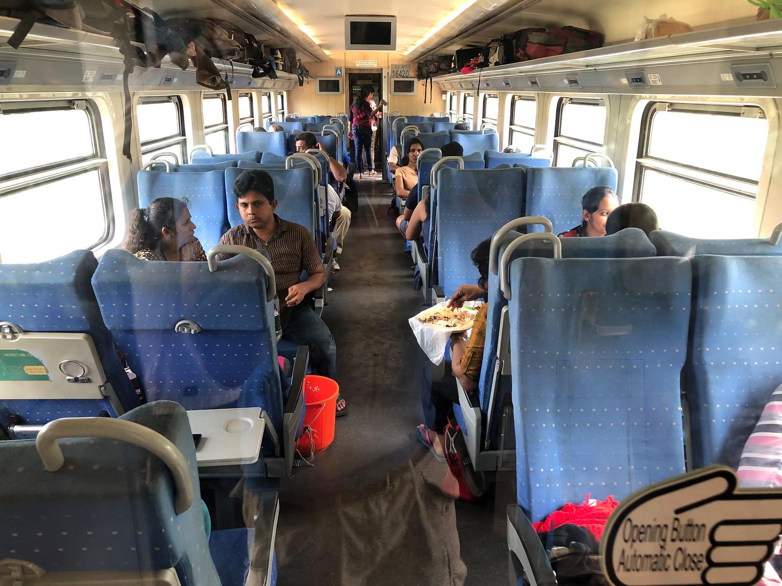 Tren de Ella, Ella Railway - Sri Lanka tren de ella - 33020661488 cd2e10db59 h - Tren de Ella en Sri Lanka: ¿El viaje en tren más pintoresco del mundo?