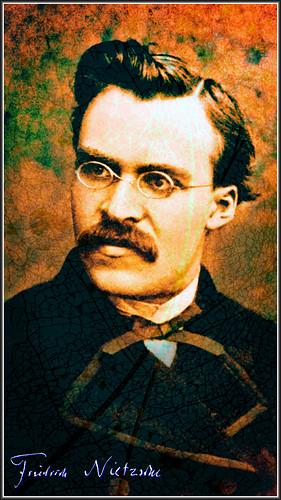 Friedrich Nietzsche TudioJepegii