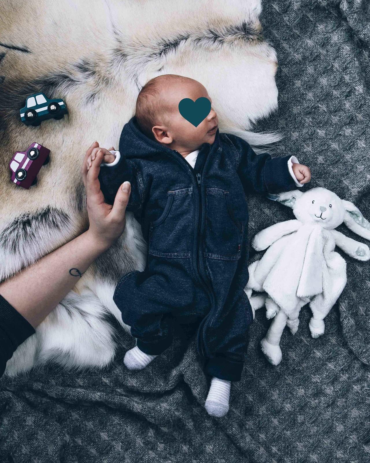 Baby_3_viikkoa2_IMG_7357 copy