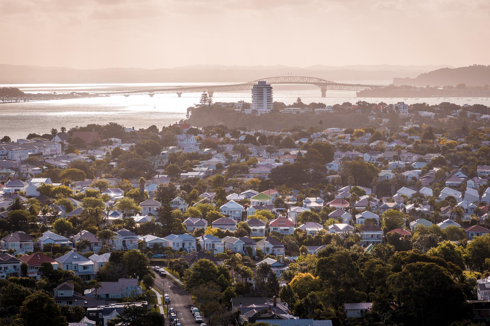 Auckland 3-12