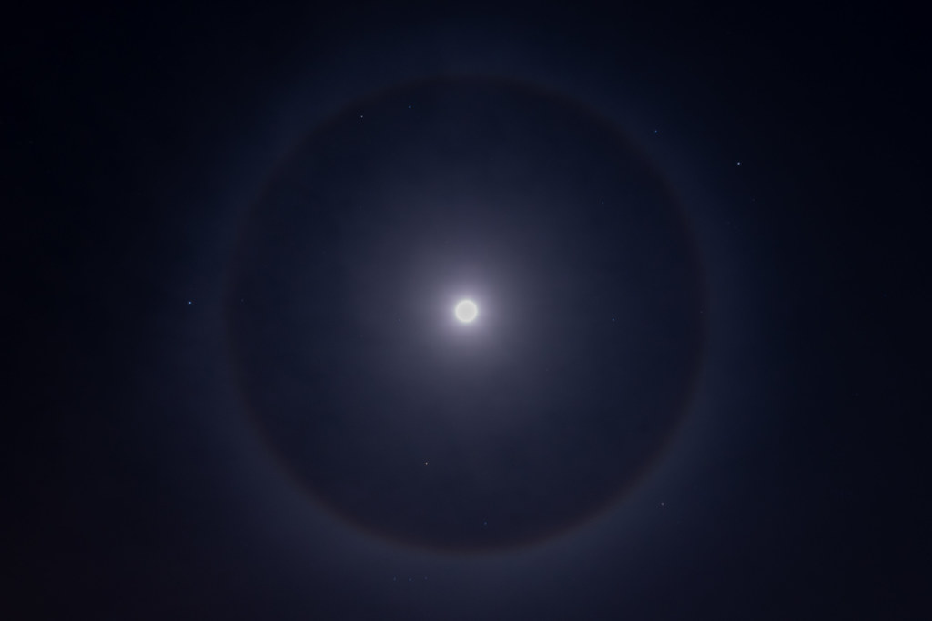 22 Degree Moon Halo