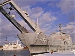 LST-1190 USS BOULDER