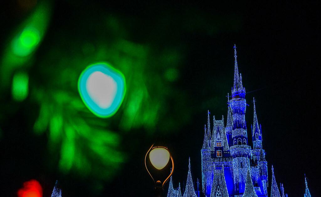 Christmas Castle Green light MK