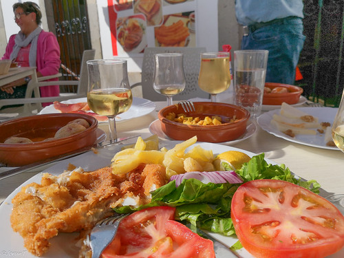 IMG_20190104_150554.jpg Lunch in Vega de San Mateo