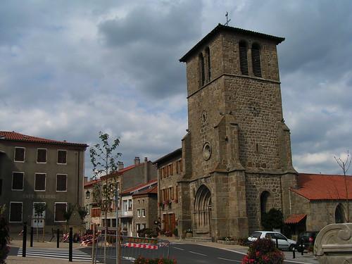 20080831 28853 1001 Jakobus St Jean Soleymieux Kirche Turm Uhr Kreuz