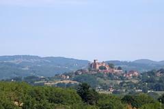 Le château de Castelnau-Bretenoux à Prudhomat - Photo of Saint-Vincent-du-Pendit