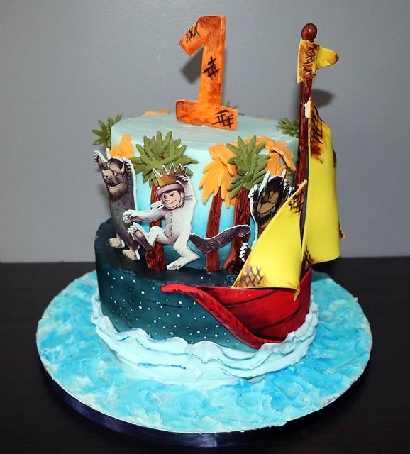 Cake by Roxy's Cakes