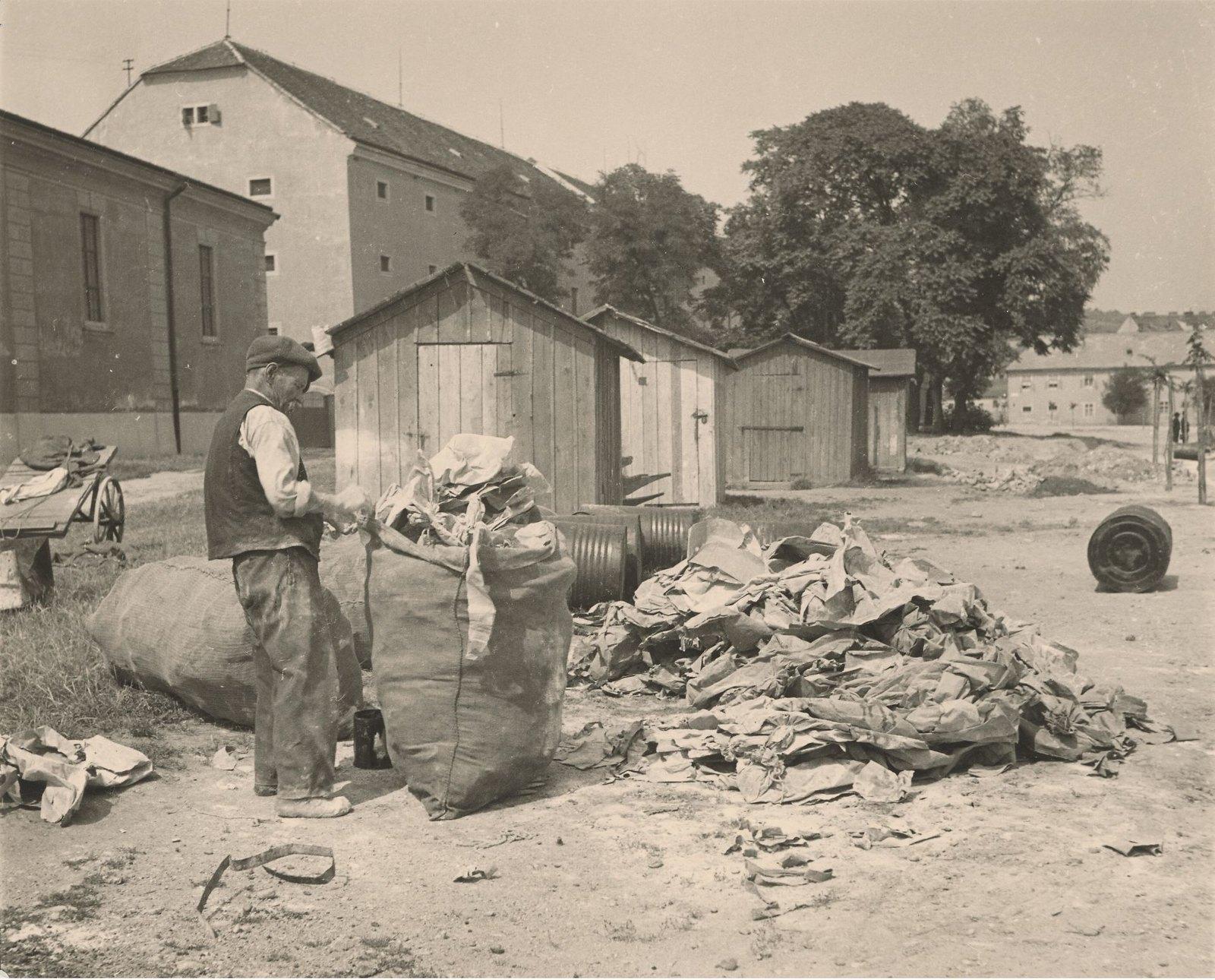 1940. Сахара