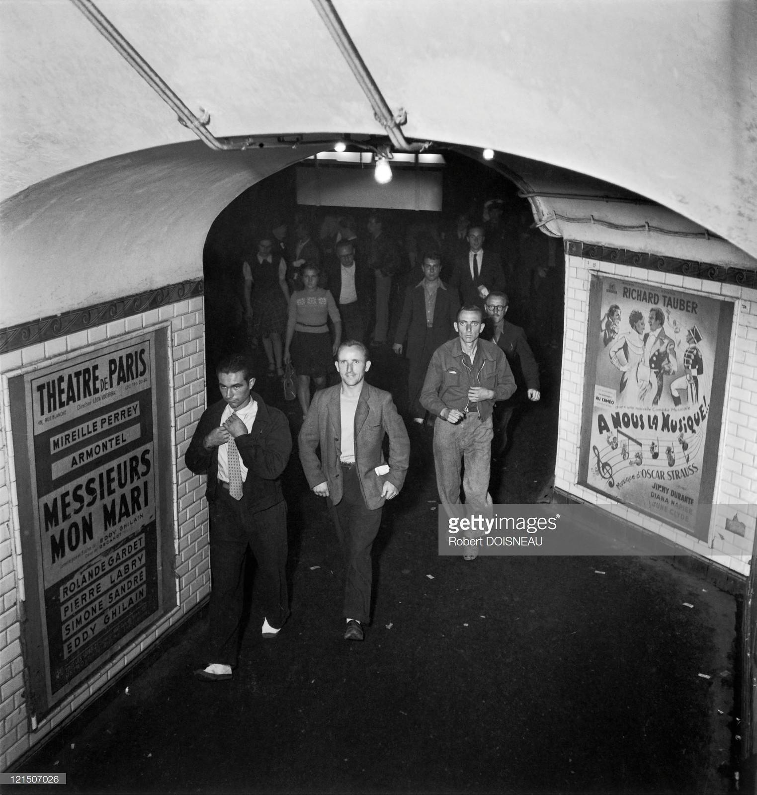 1945. Общественный транспорт