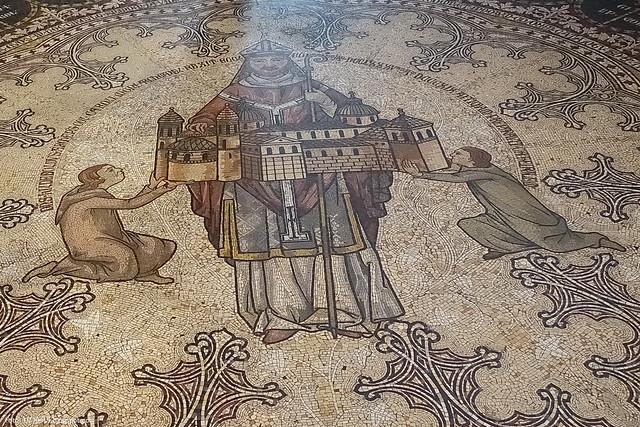Dom Mosaik