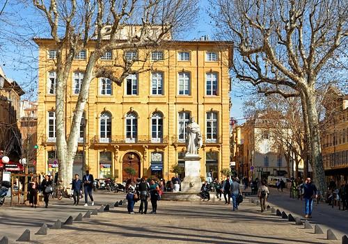 Aix-en-Provence / Fontaine du Roi René / Cours Mirabeau