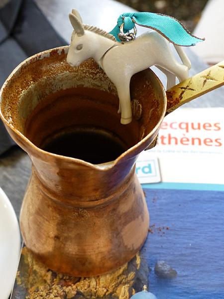 âne et café grec