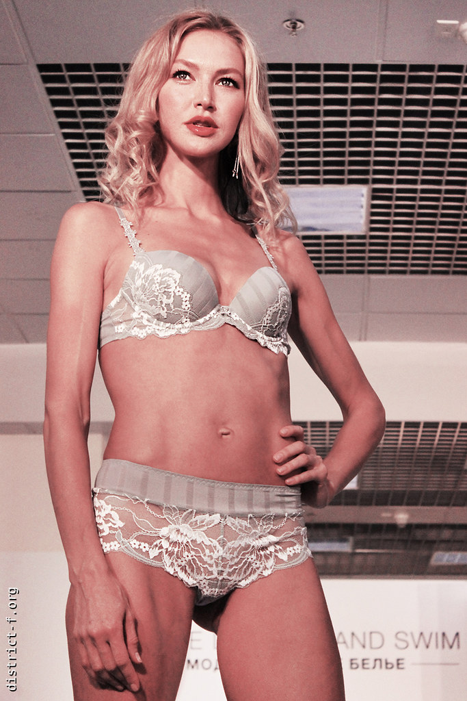 DISTRICT F — Collection Première Moscow — LINGERIE SHOW семь