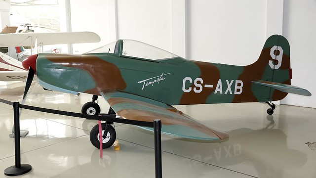 CS-AXB