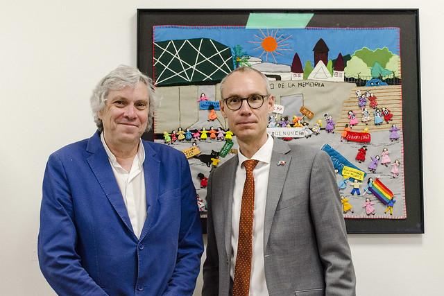 Visita de Oscar Stenström, embajador de Suecia