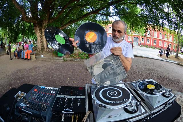 Projeto Professor DJ