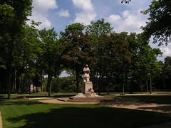 20080523 28305 Montbard Park Statue Buffon - Photo of Quincy-le-Vicomte
