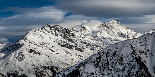 Le Weisshorn et les nuages (Switzerland)