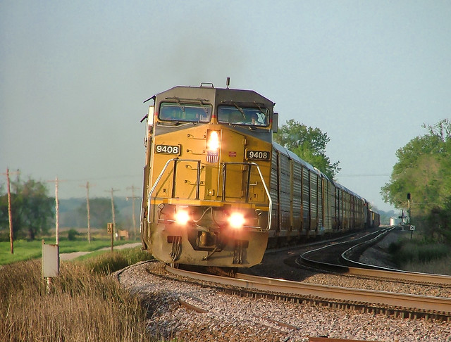 UP 9408 (C41-8W) Reynoldsville, Illinois