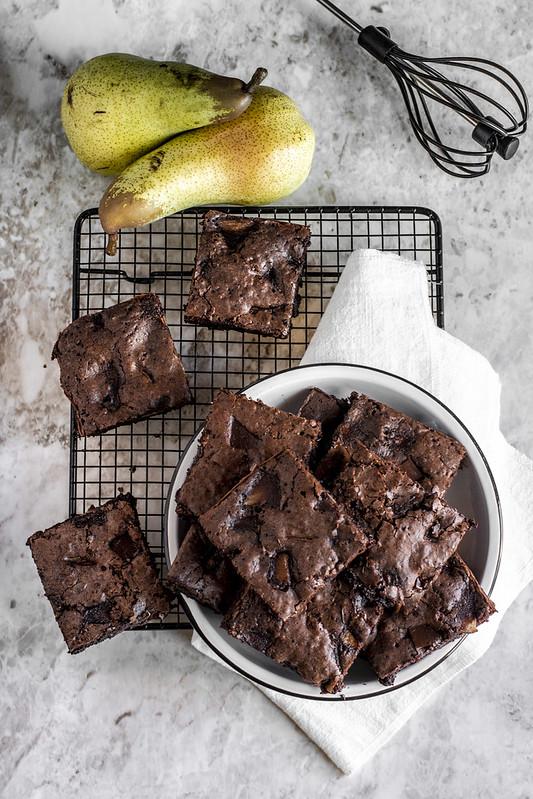 Brownies pere e cioccolato - ricetta
