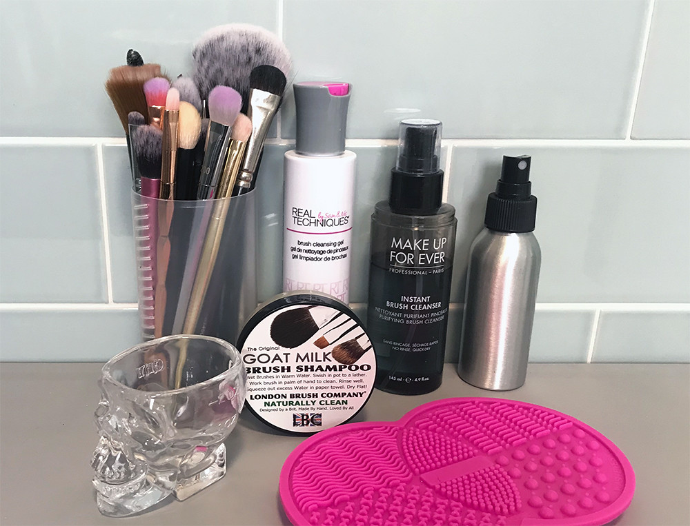 Brush Cleaner Routine, Makeup Brushes