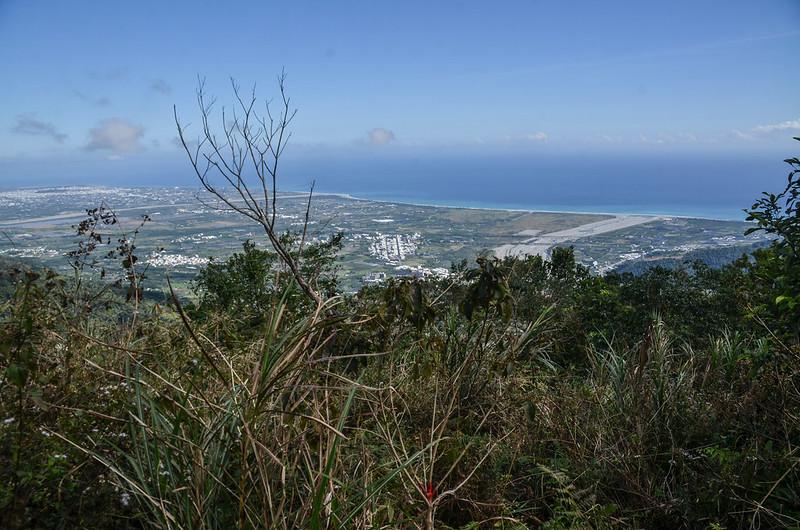 追分山開闊區向東俯瞰東海岸及台東市區 (3)