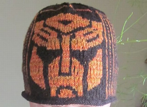 Marie (thecatsmom) knit this Transformers Toque by Lori Magnus as a birthday gift!