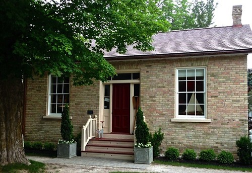Elva's house