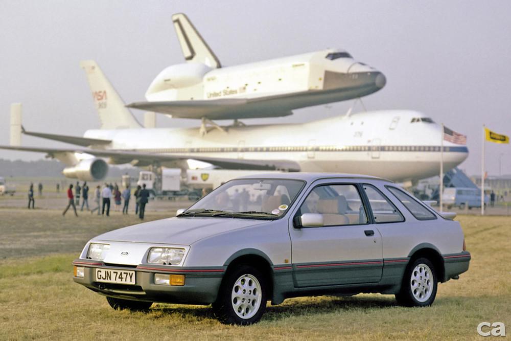 autowp.ru_ford_sierra_xr4i_3-door_hatchback_uk-spec_1
