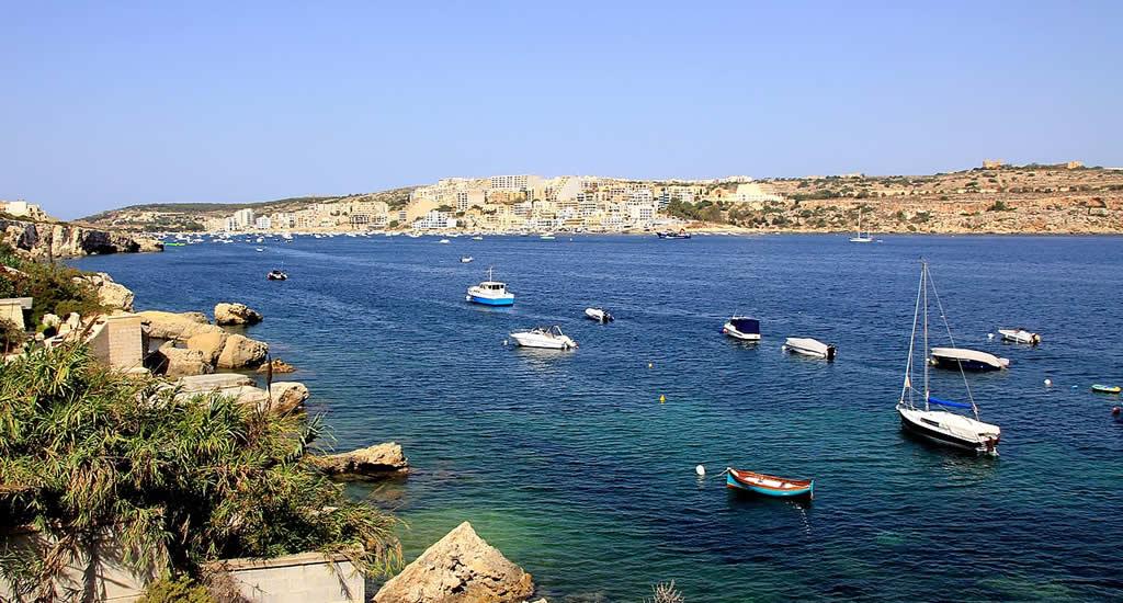 Doen in St. Paul's Bay, Malta   Malta & Gozo