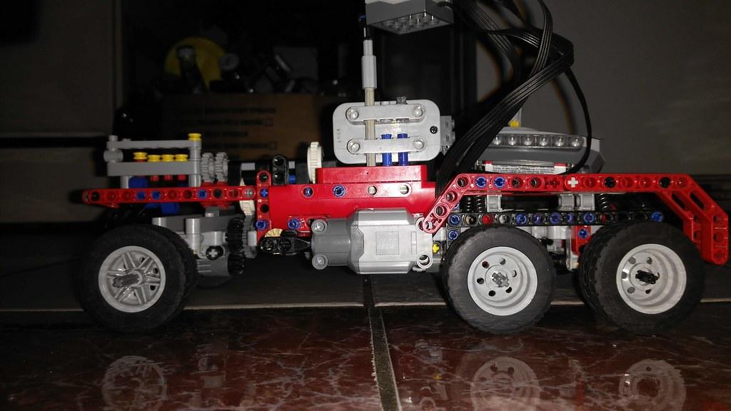 Lego Technic Sirslayer chassis
