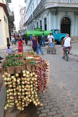 Havana Vegetable Cart