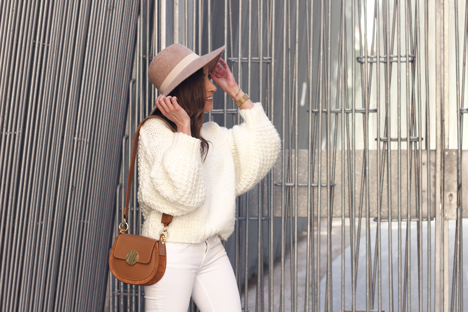 white outfit  beige hat beige bag street style casual outfit 20199