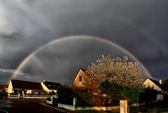 L'arc-en-ciel était dans ma rue....alors j'en ai profité!!! - Photo of Gy-l'Évêque