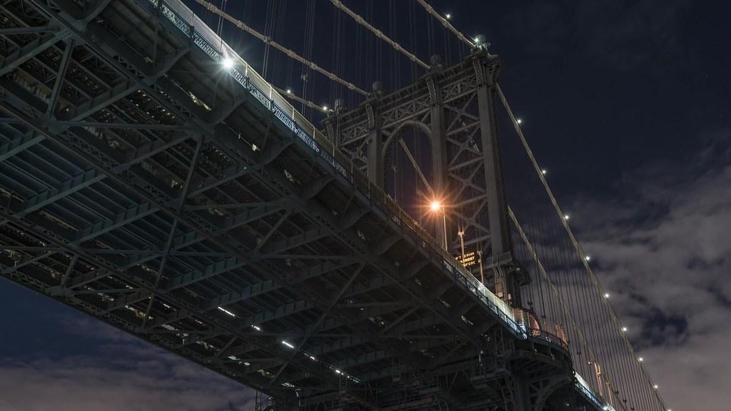 Manhattan Bridge Pan Tilt TL UHD with music