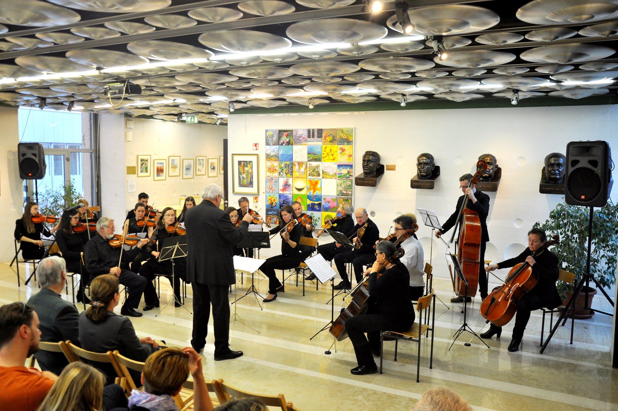 razstava Petra Lazarevića in skupine akvarelistov - KC februar 2 074