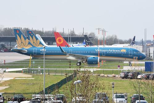 D-AVYS / VN-A620 A321‑272N 8649 Vietnam Airlines