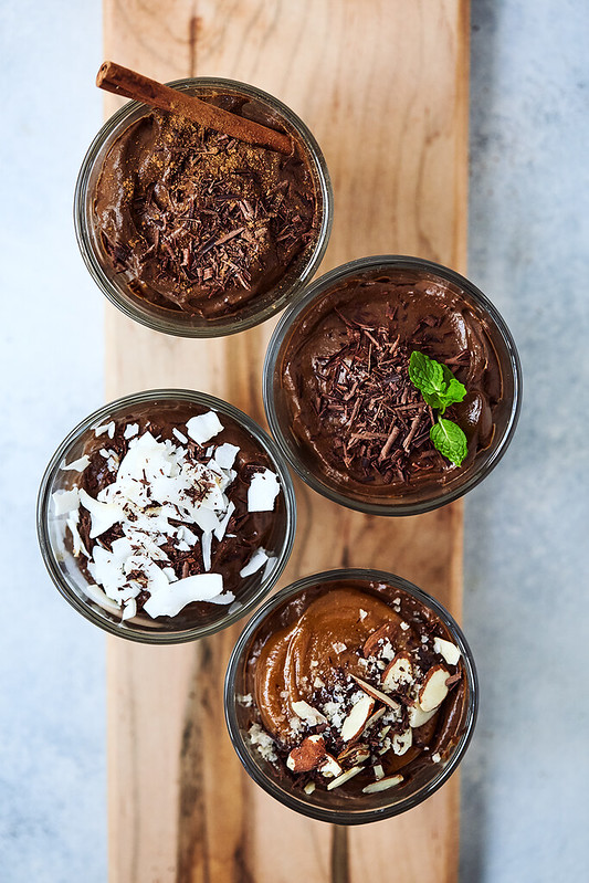 Keto Chocolate Avocado Pudding {Paleo, Vegan}