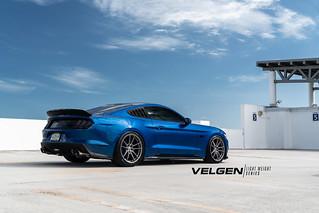 Mustang Gt Velgen Wheels Light Weight Series Vf5 Gloss Gun