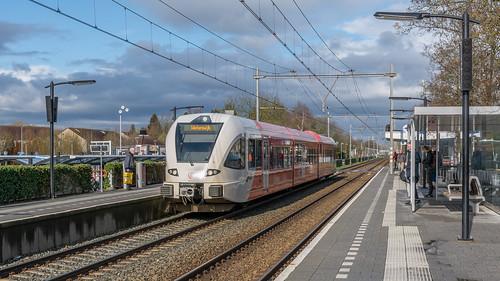 Duiven Arriva GTW 374 (Jan Terlouw) naar Winterswijk