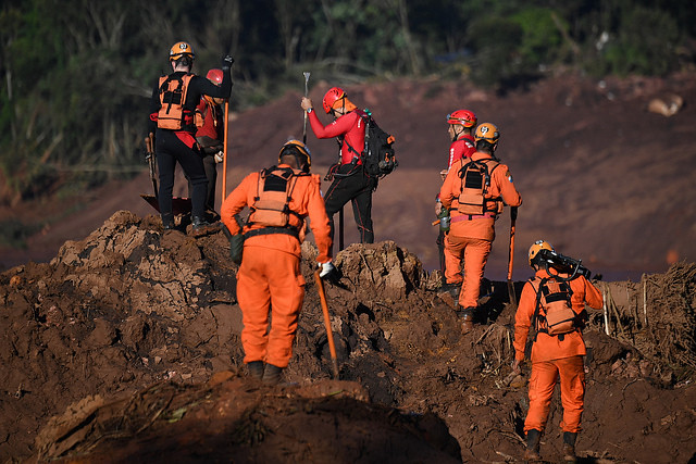 Rescue crews resumed searches for survivors on fourth day after dam broke in Brumadinho area, southeastern Brazil - Créditos: Mauro Pimentel/AFP