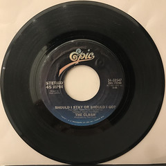 THE CLASH:SHOUD I STAY OR SHOULD I GO(RECORD SIDE-A)