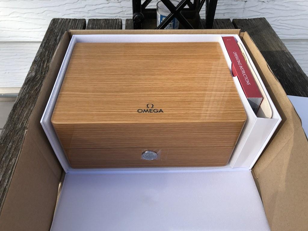 Omega PO - watch box
